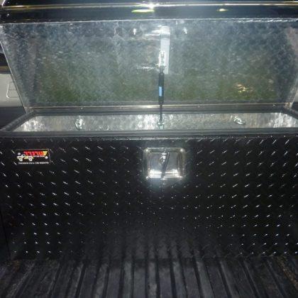ארגז כלים לרכב 238