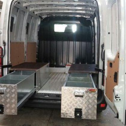 מגירות לרכב מסחרי 188