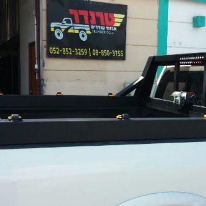 קשת לרכב מתקן לכננת ותעלת אחסון 5