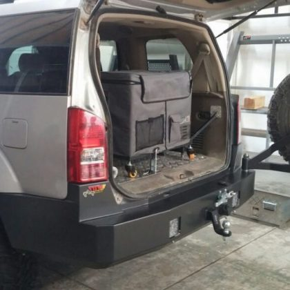 פגוש אחורי לרכב ומתקן לגלגל רזרבי 201