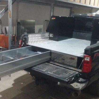 ארגזי כלים צדדיים לרכב ומגירות לטנדר 275