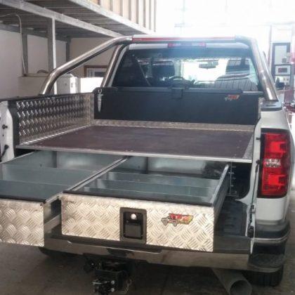 ארגז כלים לרכב ומגירות לרכב 293