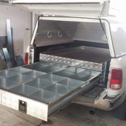 מגירות לטנדר משטח נשלף לרכב וגגון לרכב 298
