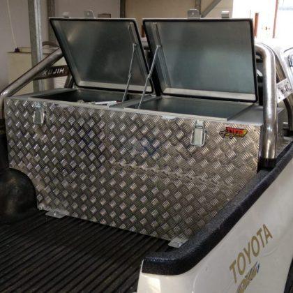 ארגז כלים אלומיניום לרכב ומיכל סולר לרכב  341