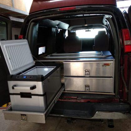 מגירות אלומיניום, משטח נשלף למקרר ומיטה מתקפלת 351