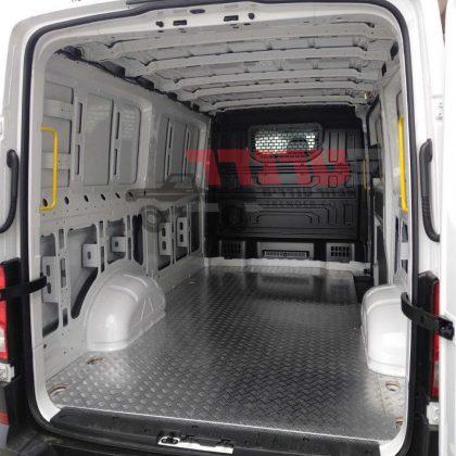 חיפוי רצפה לרכב מסחרי 379