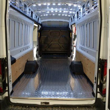 חיפוי רצפת אלומיניום לרכב 383