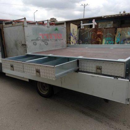 מגירות למשאית 449