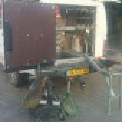 מגירות לרכב ומתקן לסדן מפרזל סוסים 89